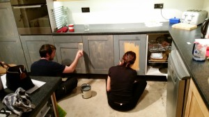 How to paint ikea faktum kitchen cabinets and save lots of money jigsaw pieces - Facade compatible faktum ...